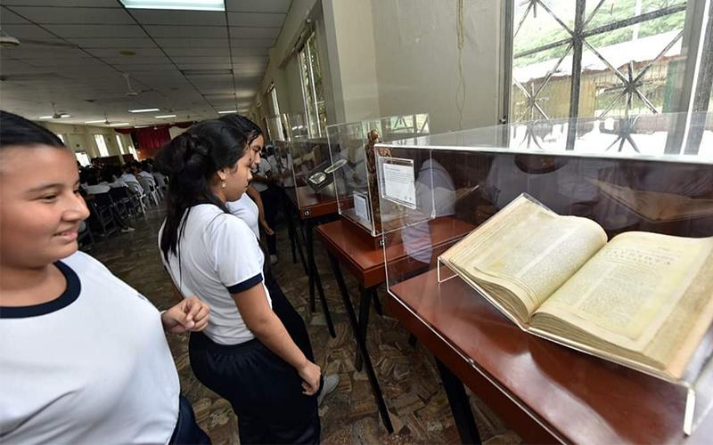 Photo of Museo itinerante de historia se expone en el Unicentro