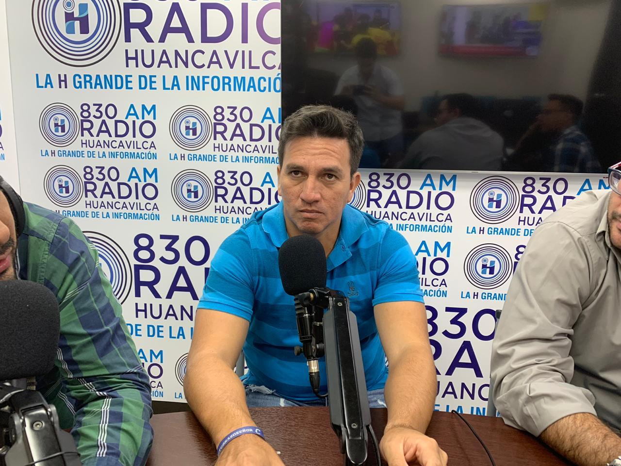Photo of EXCLUSIVO [VIDEO] Gavilánez responde Perrone: Él dice que no quiere tener relación conmigo, yo tampoco