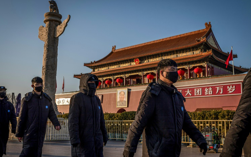 Photo of China retira tres acreditaciones de prensa al diario estadounidense Wall Street Journal