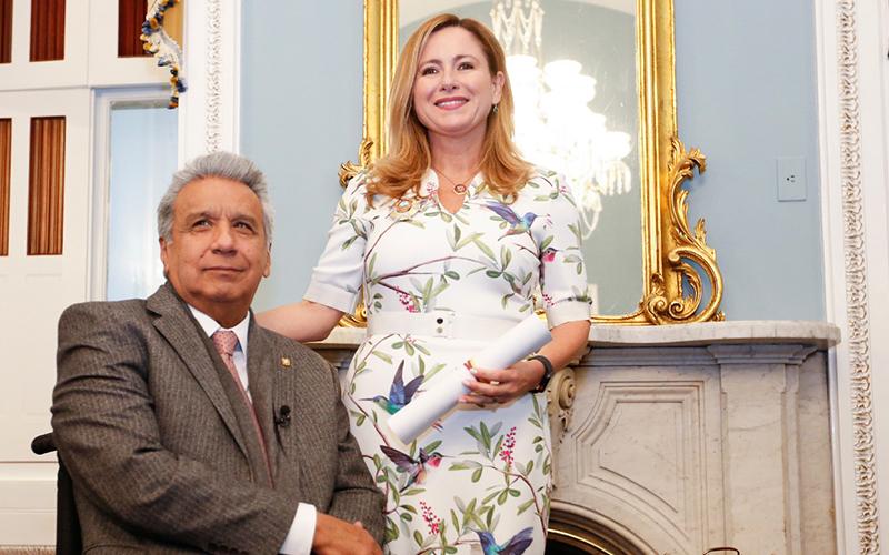 Photo of Moreno homenajea a Mucarsel-Powell, primera suramericana en Congreso de EEUU