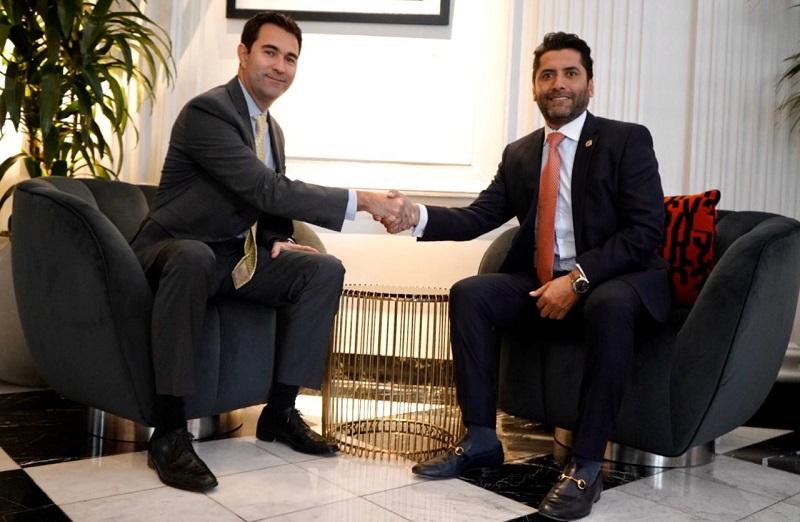 Photo of Ministro de Producción promueve inversiones de Estados Unidos en Ecuador