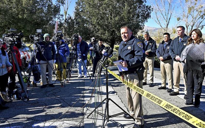 Photo of Tiroteo en autobús de California deja 1 muerto y 5 heridos
