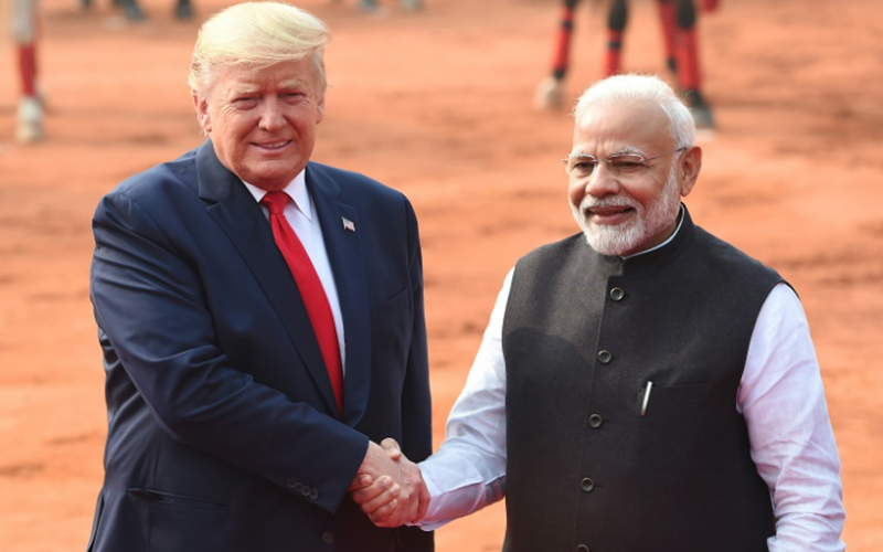 Photo of La visita de Trump a India, empañada por los disturbios y los diferendos comerciales