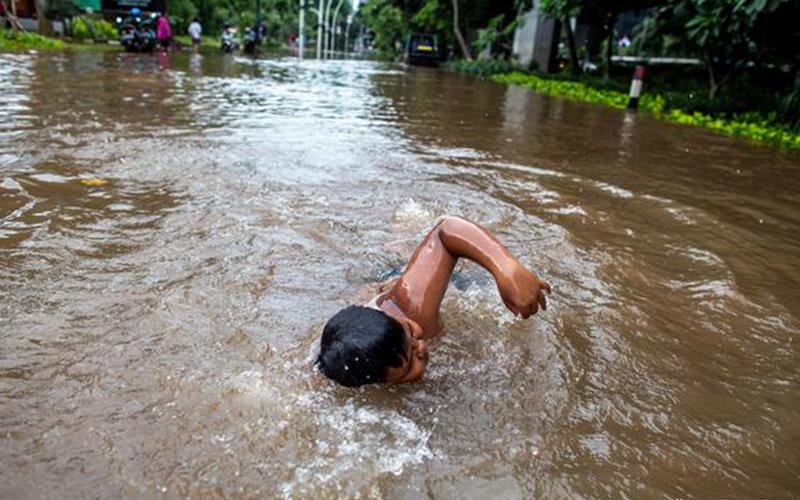 Photo of 20.000 desplazados por inundaciones en Yakarta