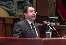 Photo of Exministro Carlos de la Torre: Gobierno 'intenta desviar la atención para no cobrar más impuestos a los que más tienen'
