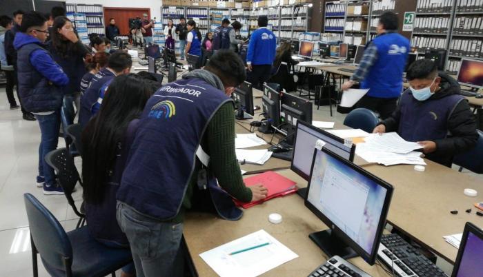 Photo of CNE: una semana para verificar las firmas para la eliminación del Cpccs