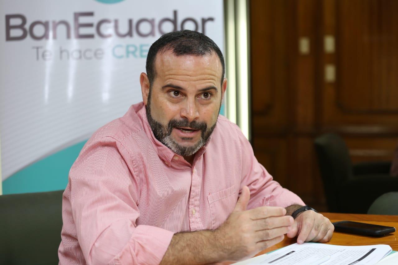 Photo of BanEcuador refinanciará deuda de productos de pitahaya afectados por caída de precios a causa del coronavirus