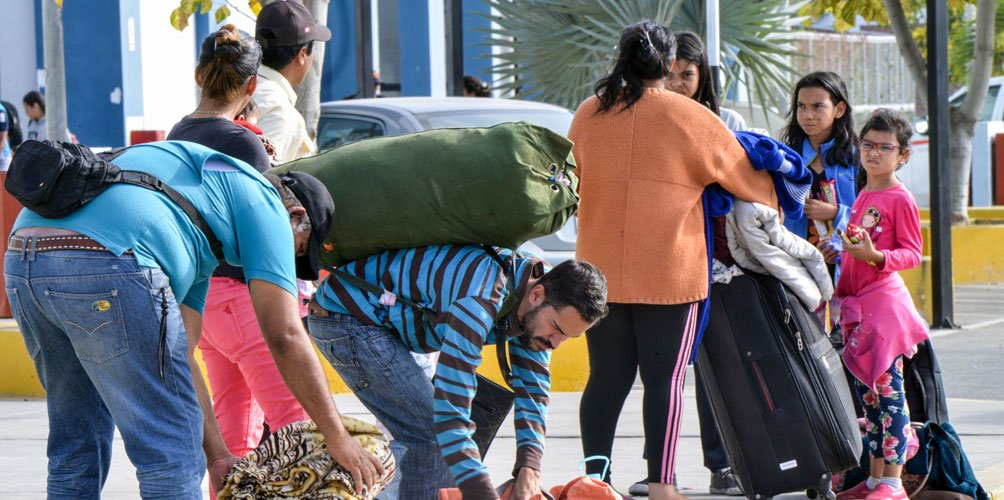 Photo of Expertas hablan de la migración irregular en Ecuador