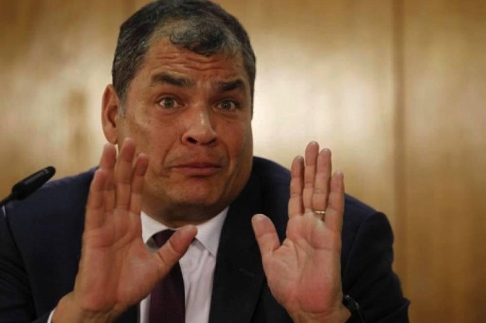 Photo of Correa denuncia que Balda comete un delito al publicar datos de su cuenta bancaria