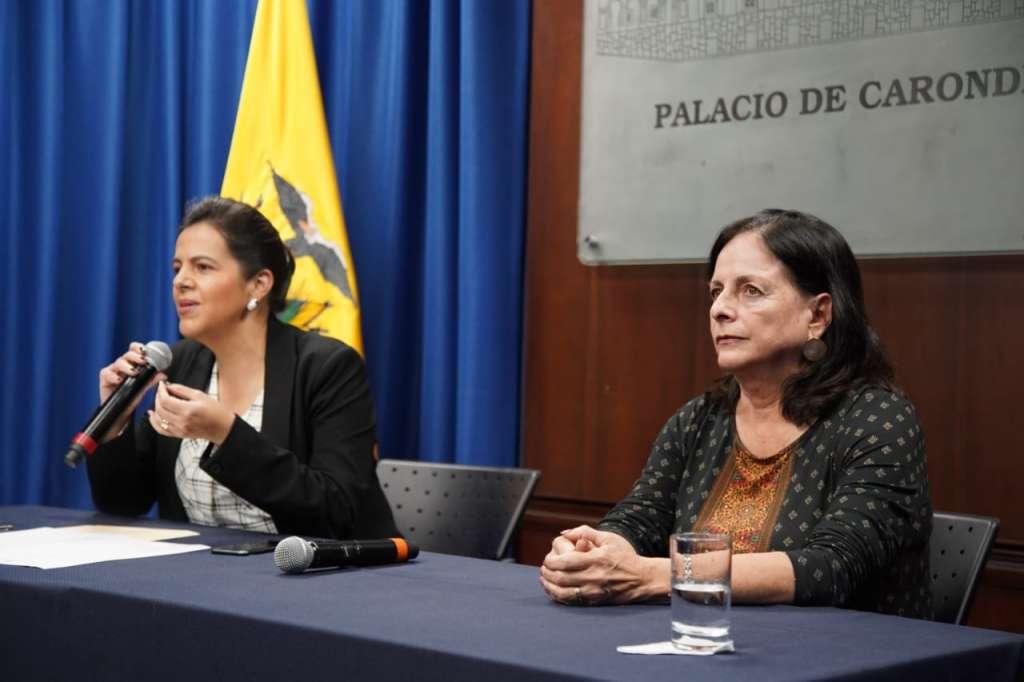 Photo of Gobierno suspende eventos masivos y clases a nivel nacional