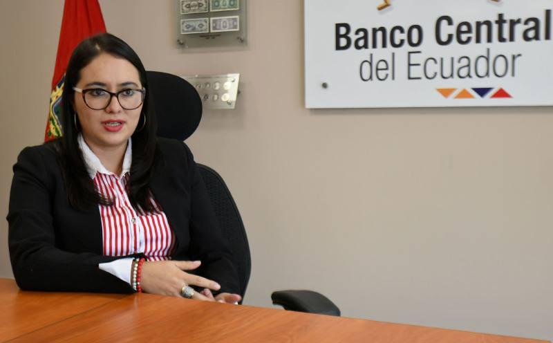 Photo of Verónica Artola: una medida importante es renegociar la deuda externa