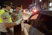 Photo of Van 1.015 detenidos por incumplimiento de las medidas en Ecuador