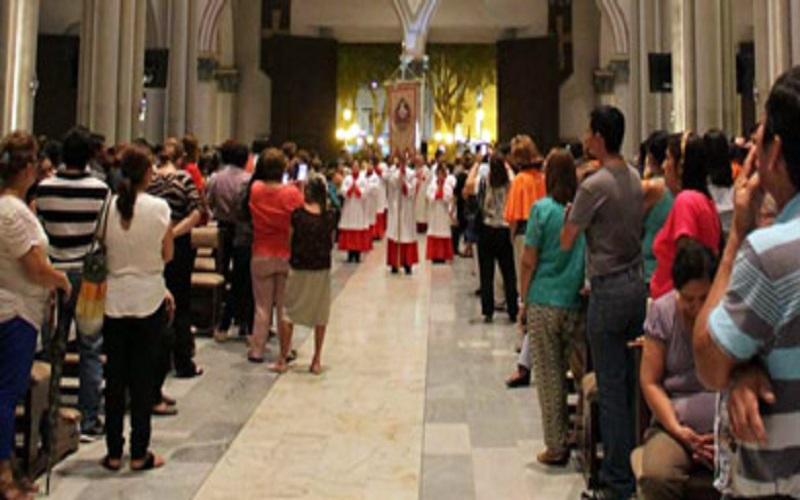 Photo of Procesiones y encuentros en iglesias son suspendidos