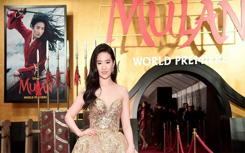 Photo of «Mulan» desafía al coronavirus y celebra su estreno mundial en Hollywood