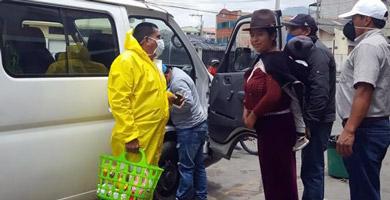 Photo of Autoridades de cuatro provincias del Ecuador donan sus sueldos en solidaridad por el Coronavirus