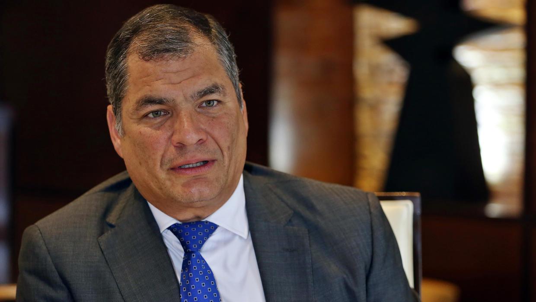 Photo of Rafael Correa le pide a la fiscal Salazar que 'haga bien su canallada'