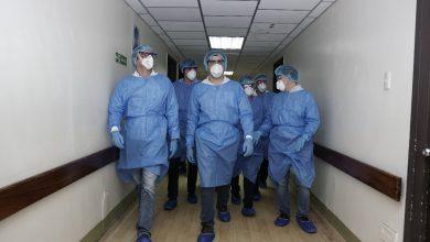 Photo of Gobernador del Guayas y vicepresidente de la República supervisan trabajo en hospital general Monte Sinaí
