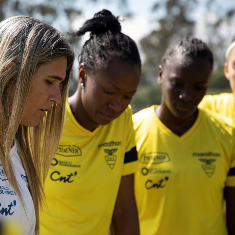 Photo of Fútbol femenino: Ecuador vs Argentina en la primera jornada del Sudamericano Sub 20