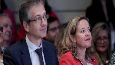 Photo of El virus condena a la economía española a la recesión