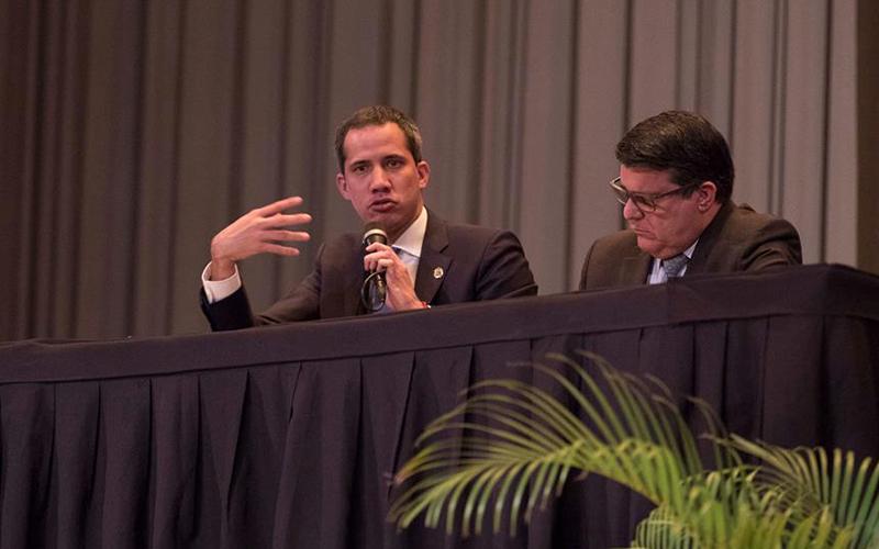 Photo of Guaidó, sobre la reunión de Duque y Trump: Hay temas sobre y bajo la mesa