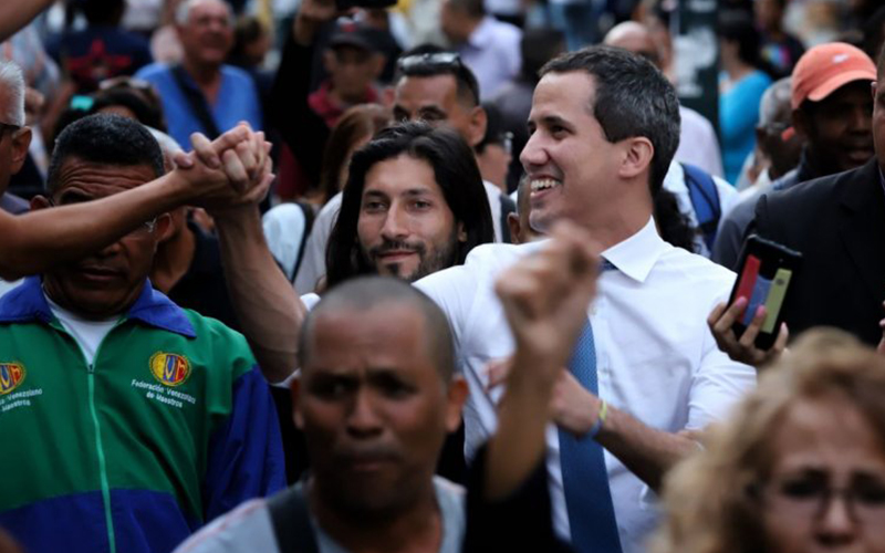 Photo of Guaidó afirma que Venezuela «reactivó la presión interna»