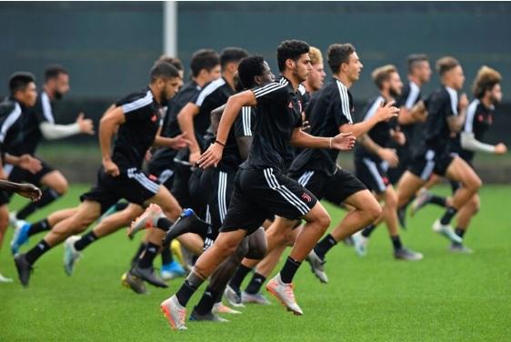 Photo of Pusieron en cuarentena al equipo Sub 23 de la Juventus por posibles casos de coronavirus