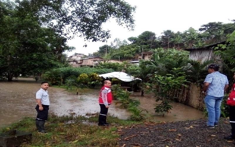 Photo of Lluvias anegan zona rural manabita y provocan afectación en cultivos