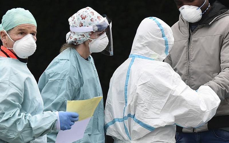 """Photo of OMS asegura que es """"imposible"""" predecir cuándo se llegará al pico de la pandemia"""