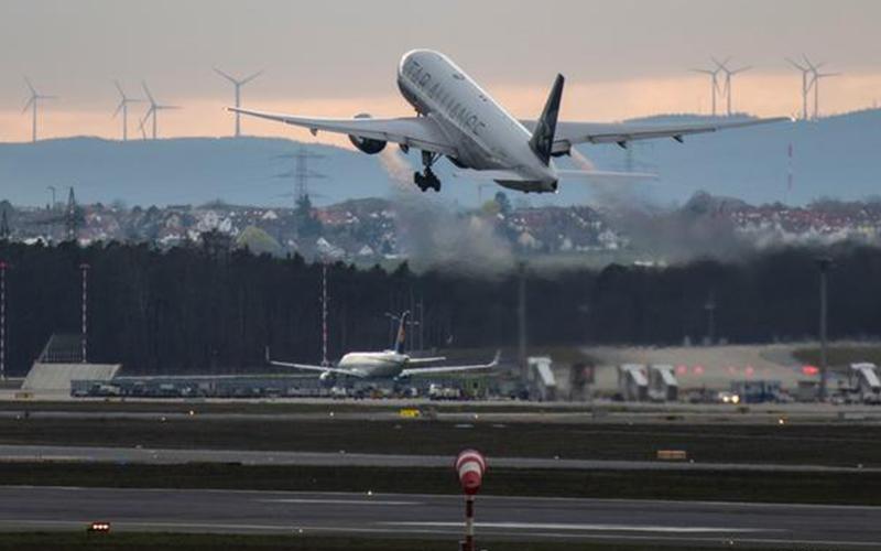 Photo of Perú suspende todos los vuelos desde Europa y Asia