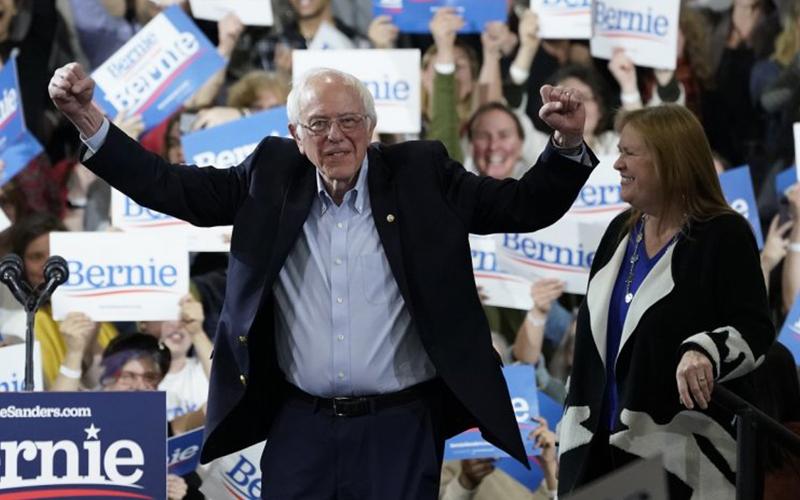 Photo of Campaña de Sanders pierde impulso