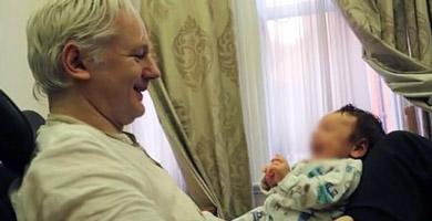 Photo of Assange tuvo dos hijos con su abogada durante su asilo en la Embajada de Ecuador en Londres