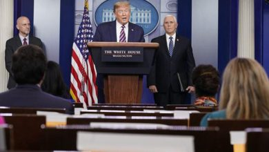 Photo of Trump firma gigantesco paquete de ayuda para rescatar pequeñas empresas