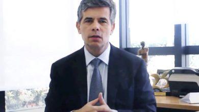 Photo of Bolsonaro anuncia a un oncólogo como ministro de Salud en plena pandemia