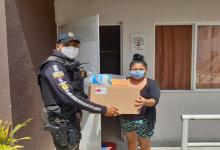 Photo of La Agencia de Coordinación y Cooperación Turca dona kits de alimentos para las familias de la Misión Casa para Todos