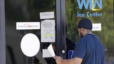 Photo of EE. UU.: más de 3 millones de personas piden ayuda por desempleo en una semana