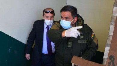 Photo of Navajas es aprehendido por el escándalo de los respiradores y precintan su despacho