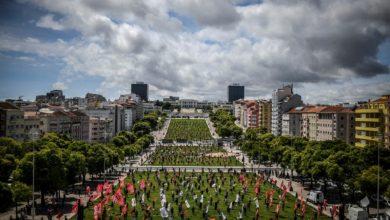 Photo of Portugal reabre sus primeros comercios tras mes y medio