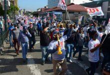 Photo of CUT inicia protesta en Guayaquil en contra de las medidas adoptadas por el Gobierno y rechazo a la Ley Humanitaria