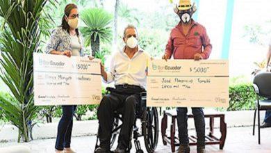 Photo of Moreno entrega créditos productivos para arroceros: 'Vamos a regresar los ojos al campo'