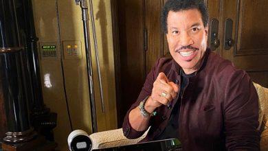 Photo of Disney prepara una cinta musical basada en las canciones de Lionel Richie
