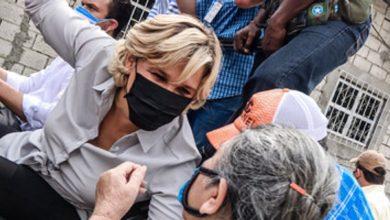 Photo of Unos 4.000 kits de alimentación fueron entregados 'puerta a puerta' en Guayaquil