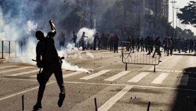 Photo of Protestas en Brasil contra Bolsonaro terminan en disturbios en plena cuarentena