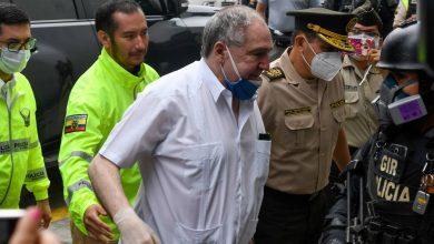 Photo of Expresidente Abdalá Bucaram desmiente que Estados Unidos le haya quitado la visa a su familia