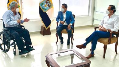 Photo of Presidente se reúne con alcalde de Daule, segundo cantón con color verde