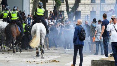 Photo of Inglaterra: Más de 100 detenidos tras las protestas violentas en Londres