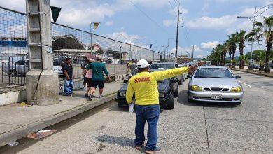 Photo of Este miércoles 3 de junio, en semáforo rojo circulan vehículos con placas terminadas en 4, 5, 6 y 9; en amarillo carros con placas impares
