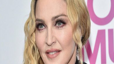 Photo of Madonna revienta Instagram con foto en topless a sus casi 62 años