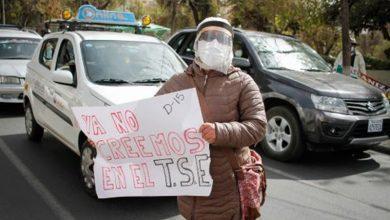 Photo of Bolivianos se movilizan para exigir elecciones en septiembre