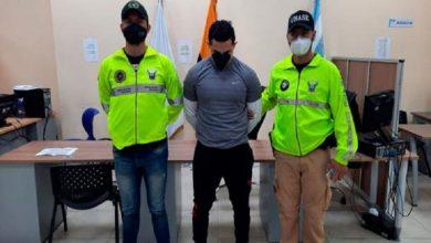 Photo of Detienen a Abraham Muñoz, entrenador de Daniel Salcedo, y a cuatro personas por venta de medicinas del IESS