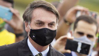 Photo of Bolsonaro defiende manejo de la pandemia de coronavirus